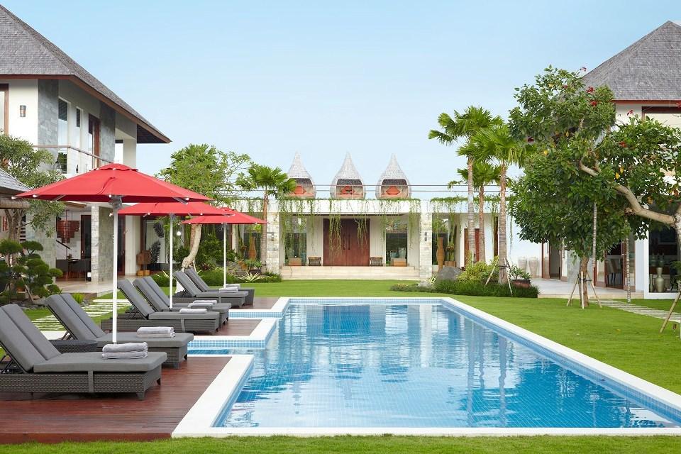 Seminyak Villa 3506 - Massive garden and pool spaces