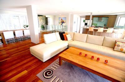 Byron Bay Villa 580  Large Living rooms