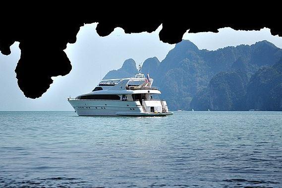 Phuket Villa 4227 Luxury Cruise