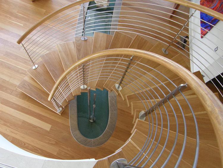Queensland Villa 519 Elliptical Staircase