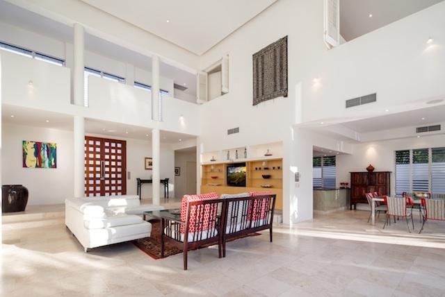 Queensland Villa 565 Dramatic architecture