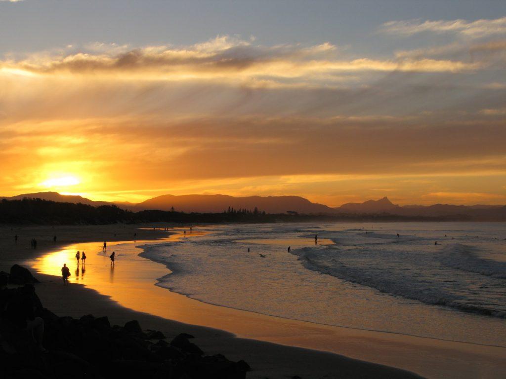 Sun set byron bay holiday with Villa Getaways Luxury Byron