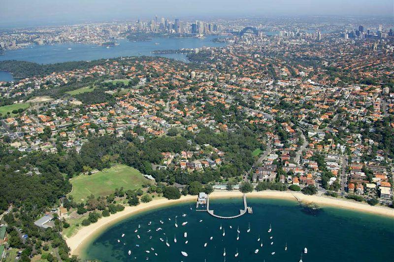 Balmoral Beach Villa 586 aerial View