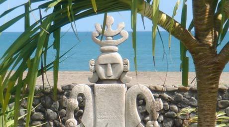 Seminyak Villa 308 Stone Carving