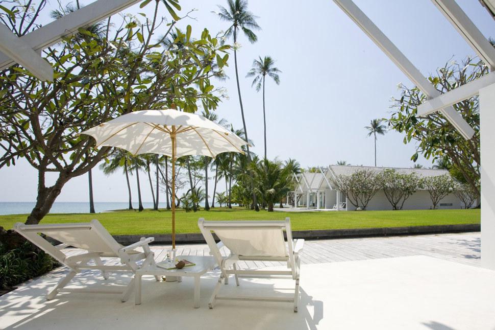 Koh Samui Villa 4356 Sun chairs