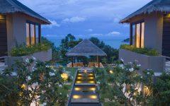 Chaweng Villa 4323 cliff top beachfront villa 1