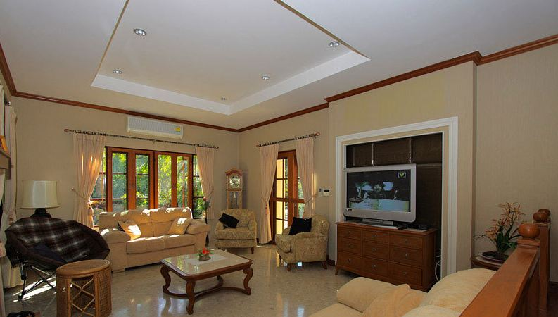 Chiang Mai Villa 4407 Spacious Living Room