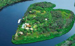 Noosa Villa 505 Heart shaped island