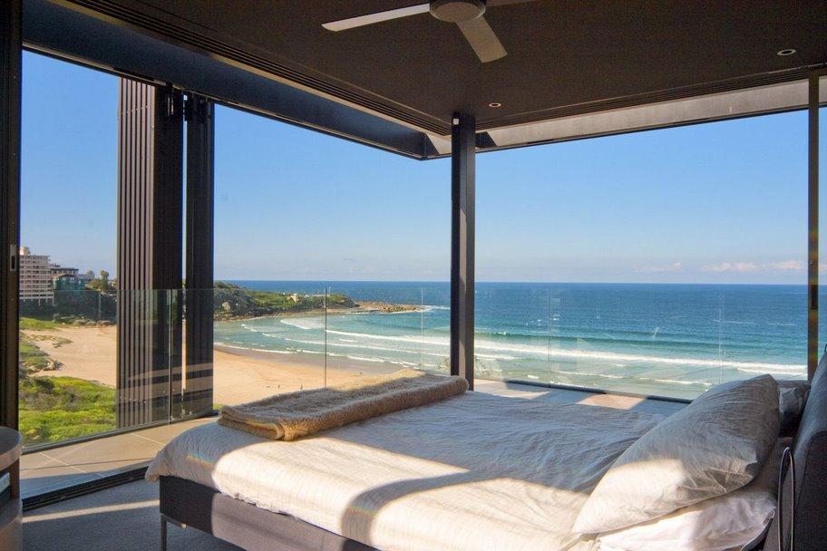 Sydney Villa 507 Spectacular Views of Beach from Bedroom