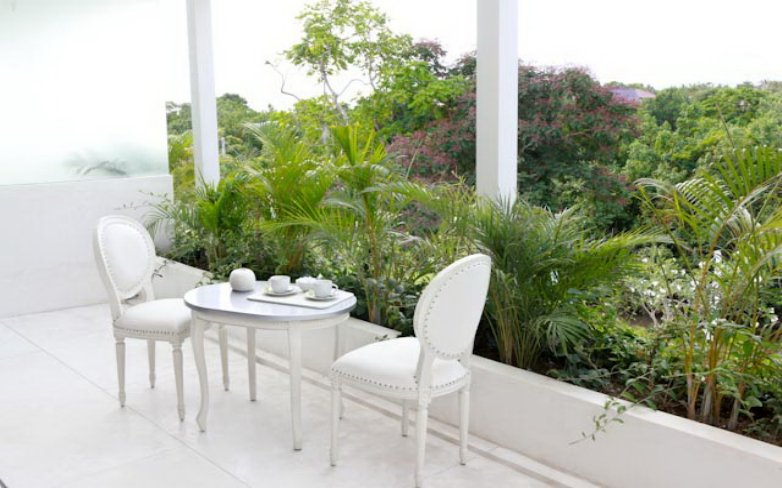 Villa 3257-Villa Eden-Balcony of the bedroom facing the gardens