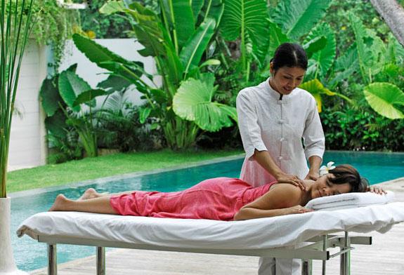 Villa 3257-Villa Eden-Massage near the pool in living room