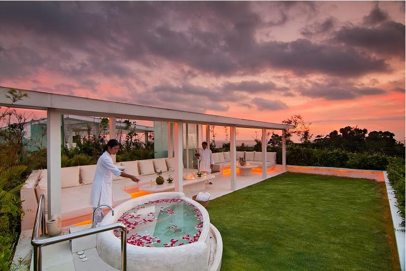 Villa 3257-Villa Eden-roof top evening with stylish lighting