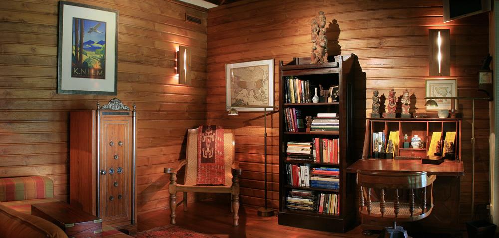 Seminyak Villa 342-Des Indes-Bungalow Library 2