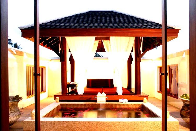Luxury Spa Bathrooms in our Premier Villas