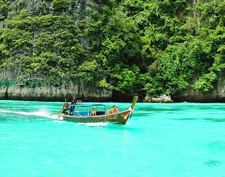 Discovering Phi Phi Islands