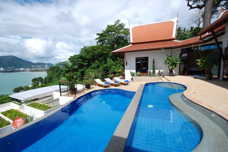 Phuket Villa 4102 2 Level Swimming Pools