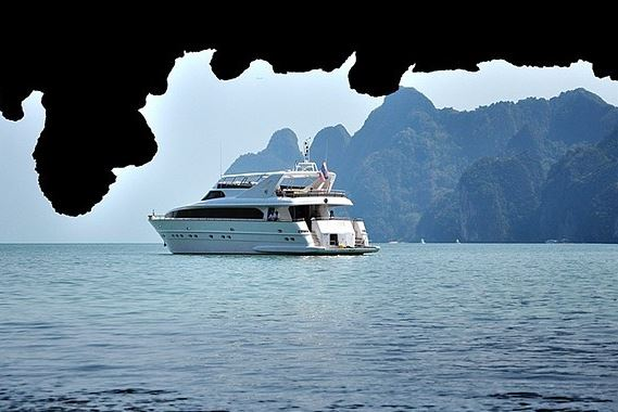 Phuket Villa 4227 Luxury Cruise
