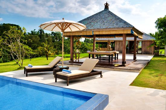 Two Massive Pool sets a great foundation for outdoor Entertainment