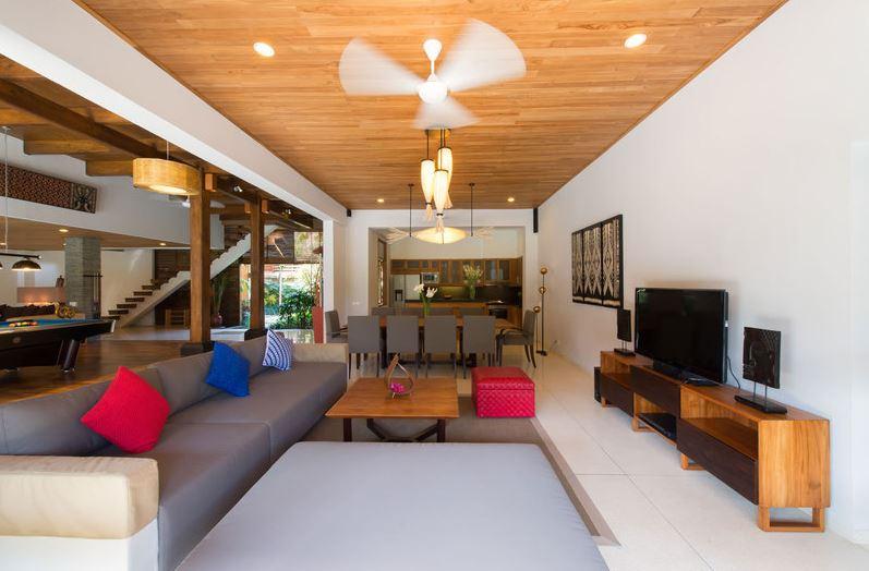Seminyak Villa 3447 Open plan living room and billiard table