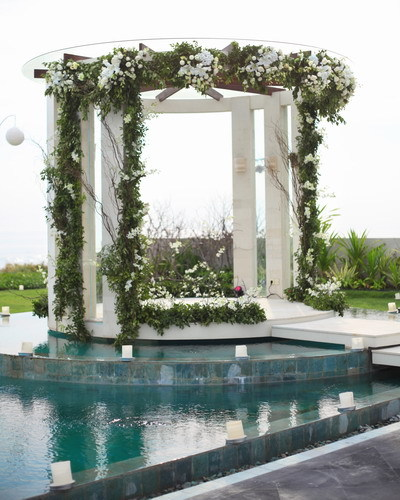 Seminyak Villa 3373 Luxury Wedding Pedestal