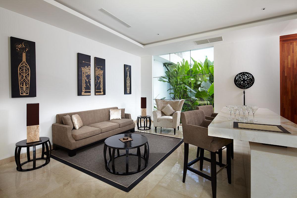 Seminyak Villa 3506 Bar and Living area