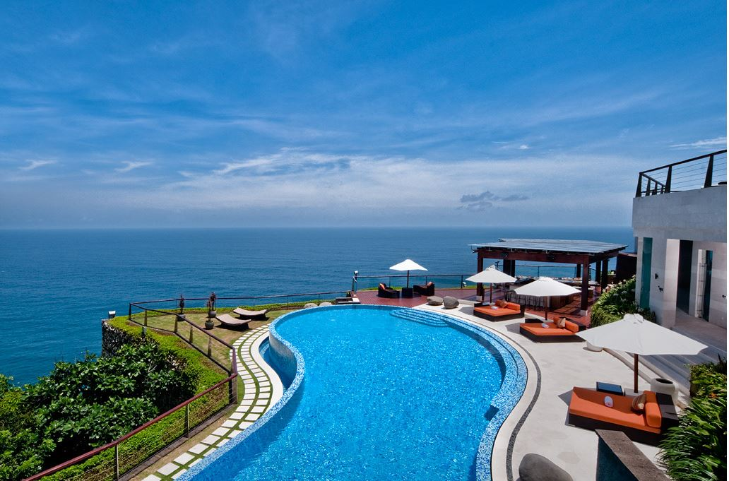 Uluwatu Villa 3317 on mountain edge with views