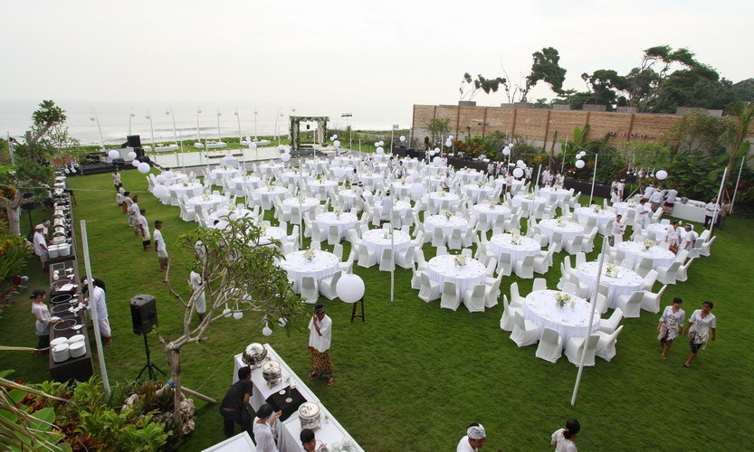 Villa 3373 Grounds - The entire villa is for the luxury parties