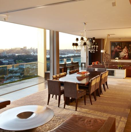 Sydney Villa 5345 - Dining and lounging with views