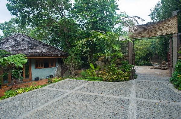 Ban Taling Ngam Villa 4113 Garden area 2