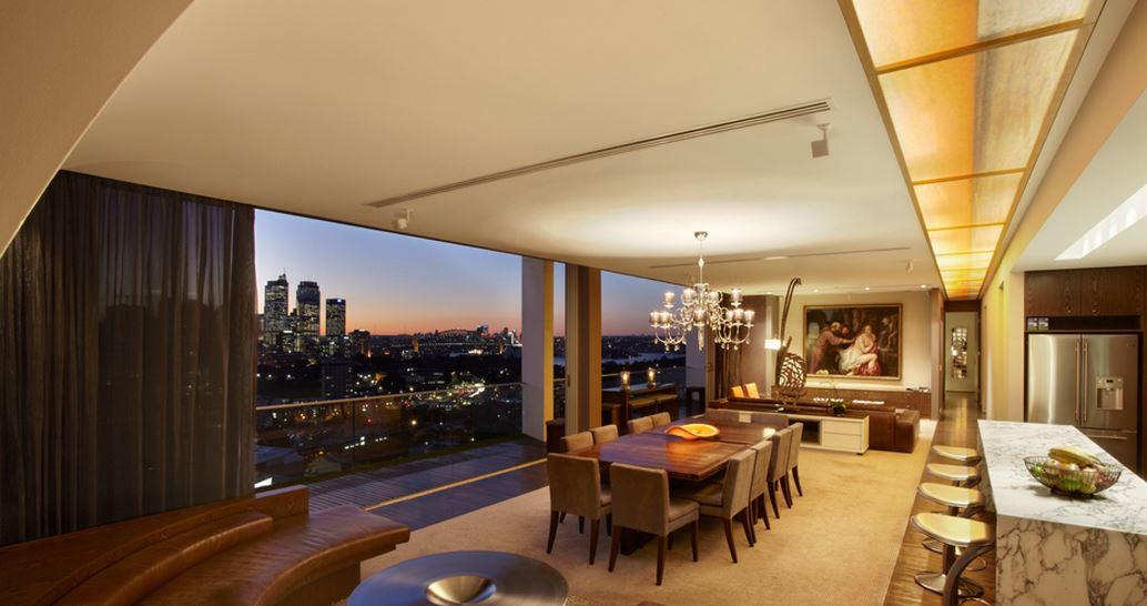 Sydney Villa 5345 - Elegant Lounge areas