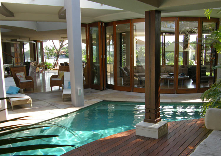Queensland Villa 519 - Uniquely shaped Salt Water Pool