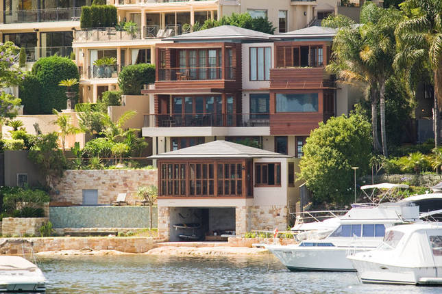 Villa 5351 – Mosman  absolute waterfront location