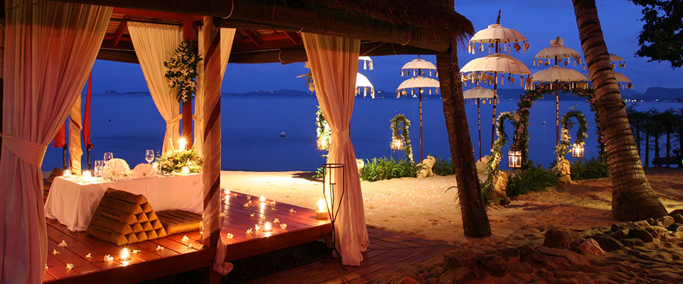 Beach-Sala-Romantic-Dinner