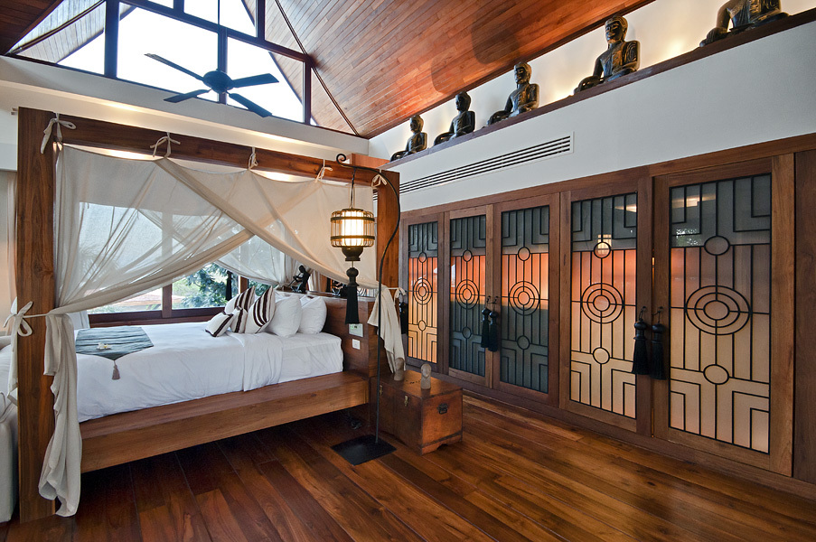 Koh Samui Villa 4375 - Polished teak-wood floors, vaulted ceilings and large windows highlight the décor