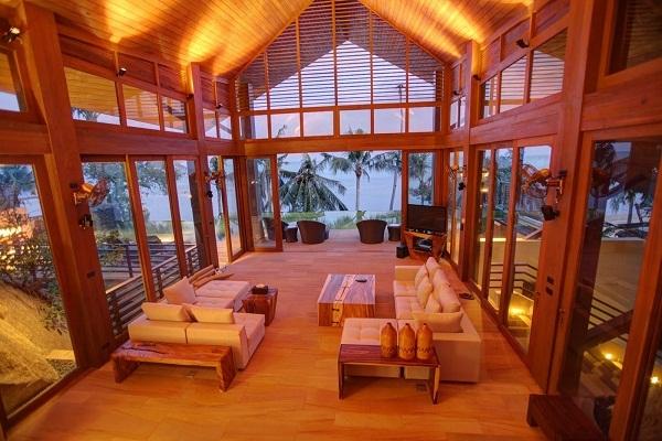 Koh Samui villa 4344 - vaulted shingled roofs