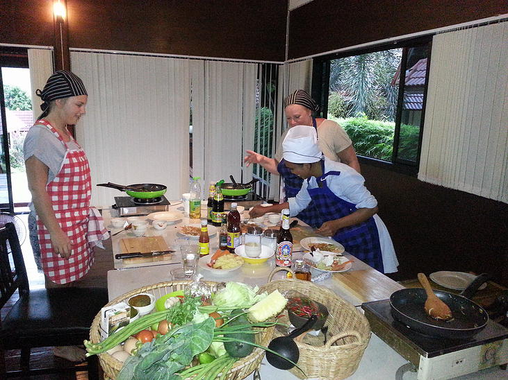 smiley cook samui