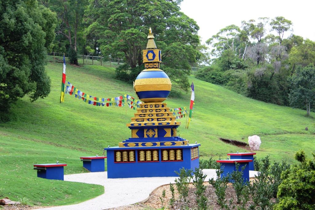 stupa11