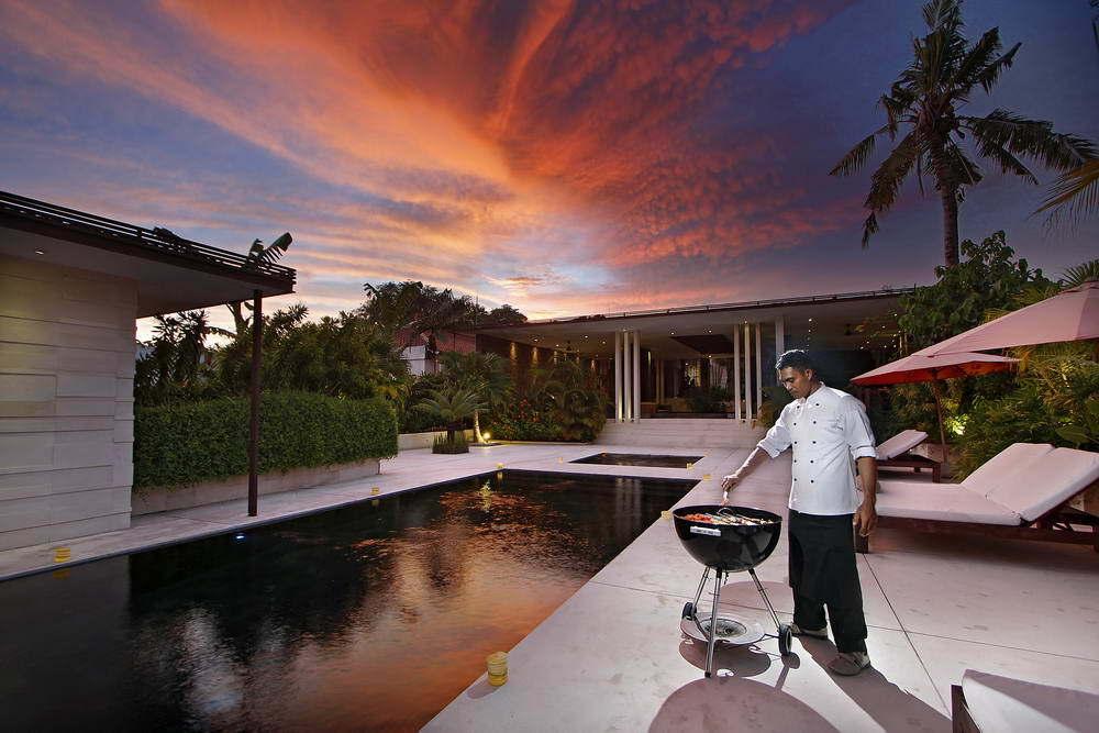 Kerobokan villa 310 - Barbeque treats by the Chef
