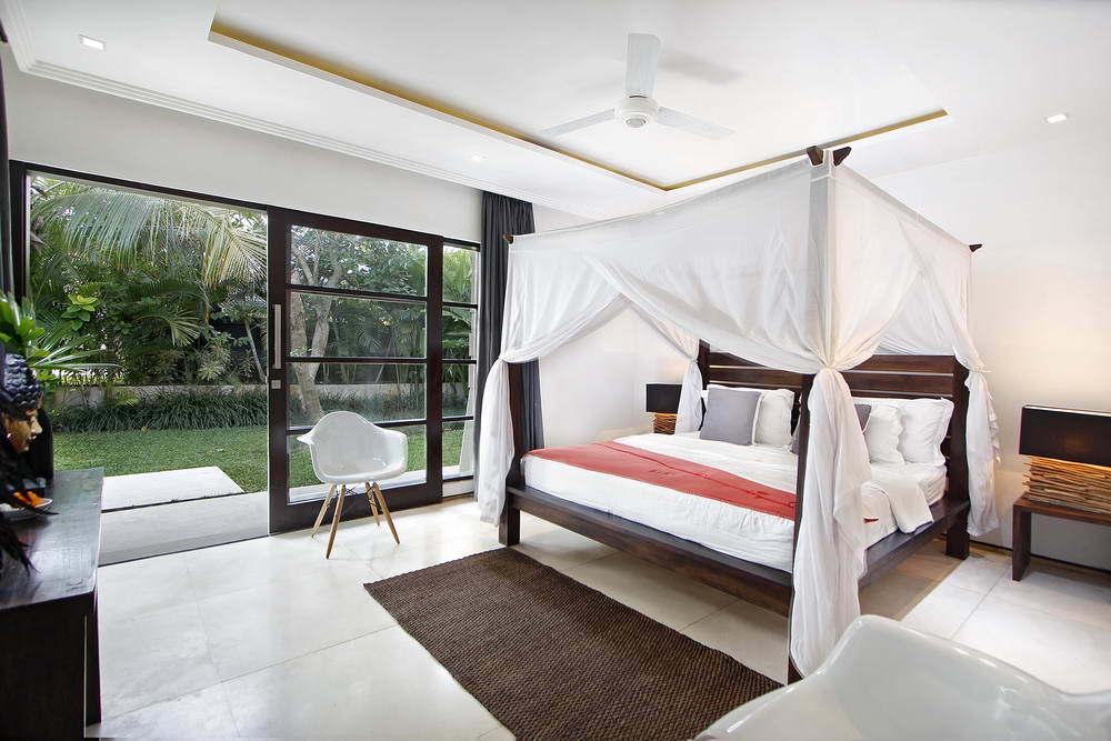 Kerobokan villa 310 - Luxury bedrooms