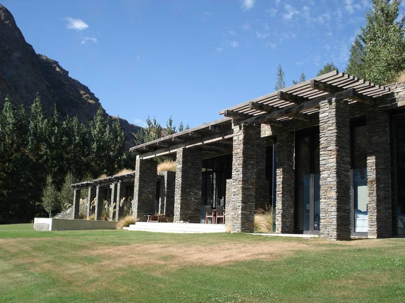 Queenstown Villa 649 - local stone for the pergola pillars and front wall