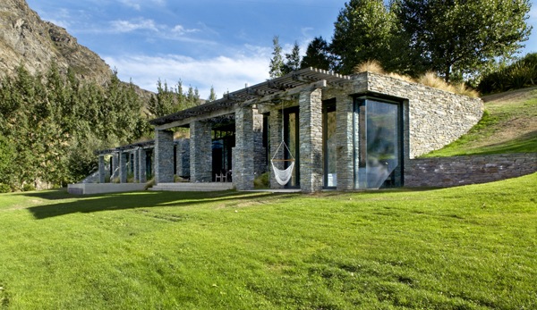 Queenstown Villa 649 - striking villa seems to rise up from the earth that surrounds it