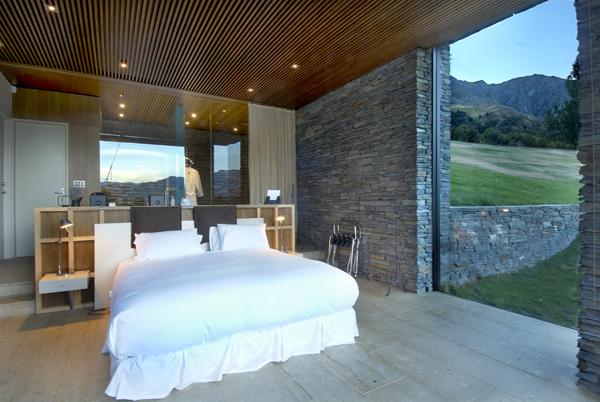 Queenstown Villa 649 - villa's four bedrooms sleep six