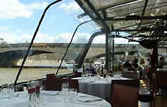 paris_must_see_cruise_lunch_1 paris in one day