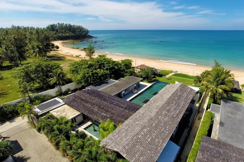 Beachfront luxury at villa 4416