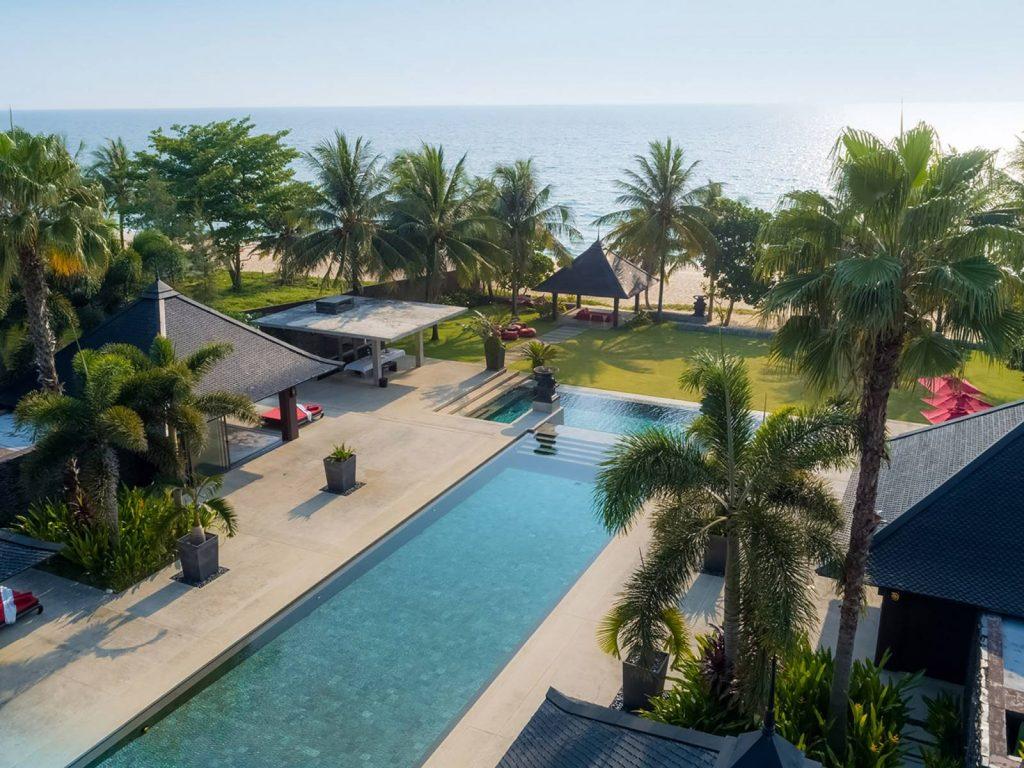 Beachfront luxury villa phuket